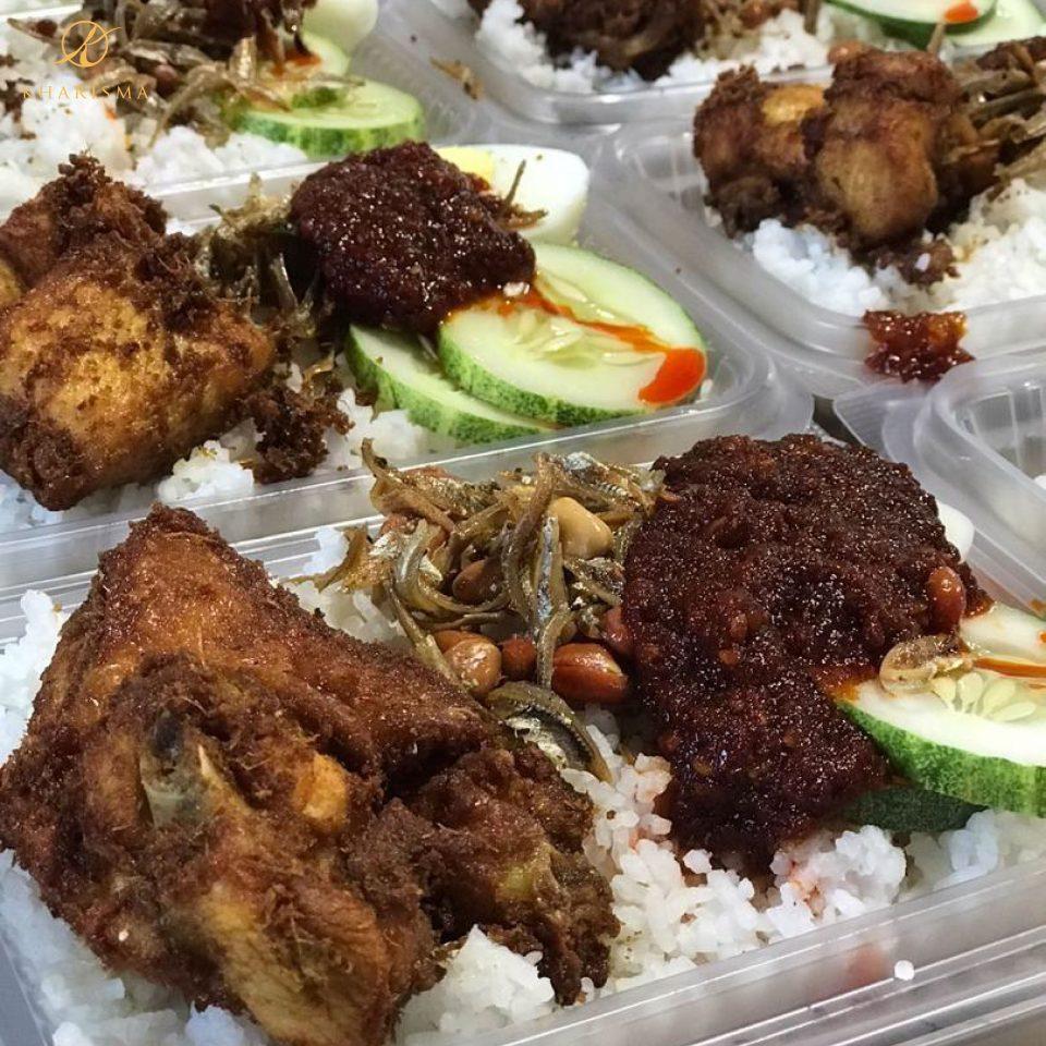 kharismakatering-nasi-lemak-ayam-berempah